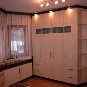 Pirchers Tischlerei Garderobe